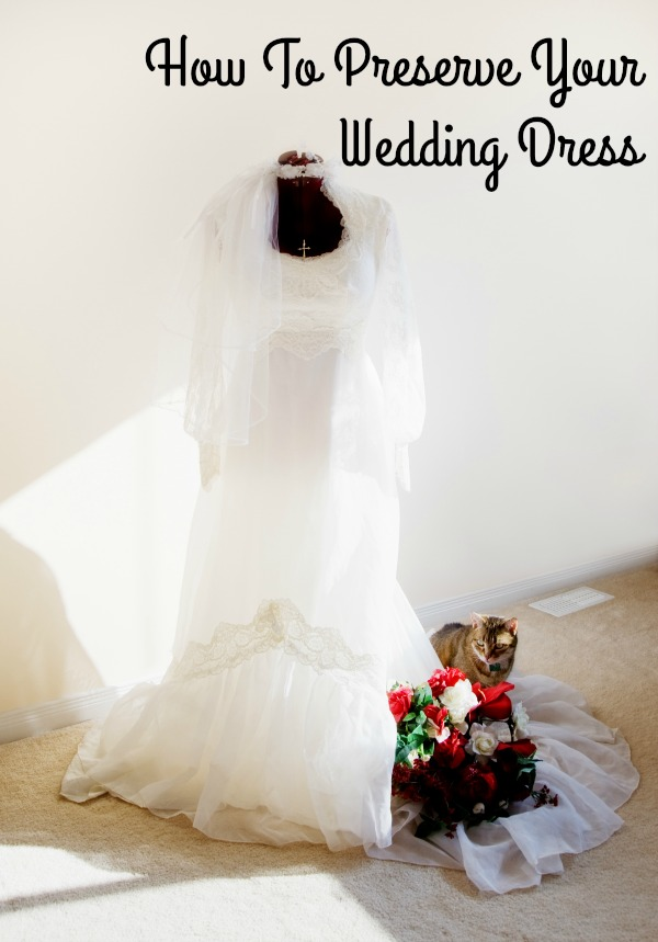 how to preserve a wedding dress how to preserve your wedding dress the style 5023