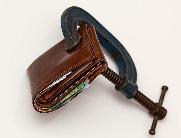 Ongoing Trend Towards Slimmer Wallets for Men