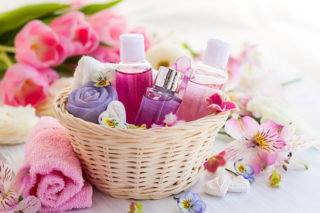 5 Ways Essential Oils Are Healthy for You