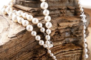 Guide to Cleaning Natural Pearls