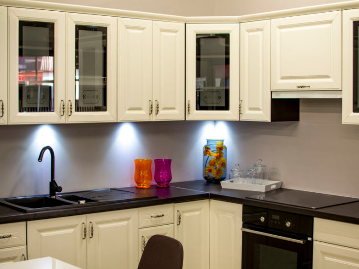6 Ways to Organize Your Kitchen for Maximum Space Efficiency
