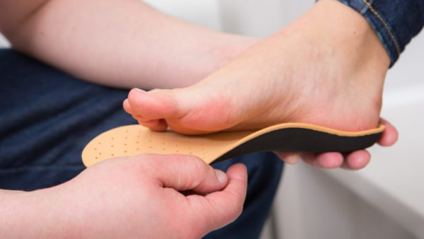 Arch Support for Flat Feet: Everything You Need to Know